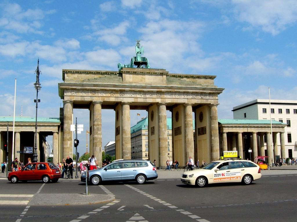 Бранденбургската врата гледана от запад - 2009 год