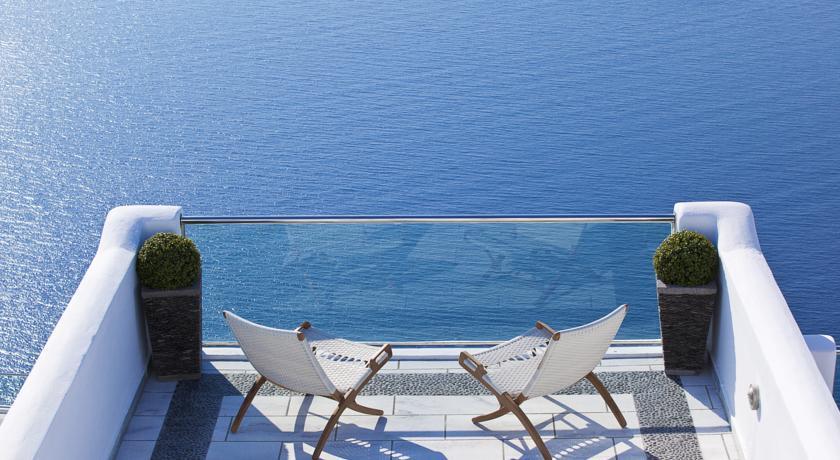 belvedere-hotel-santorini