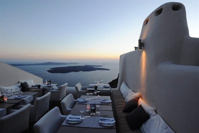 kapari-best-hotels-santorini