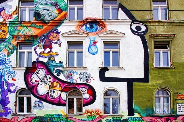 graffiti-939272_640-min