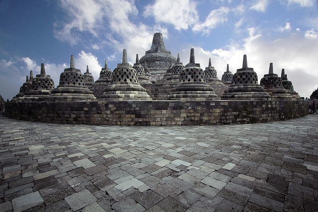 indonesia-1098328_640